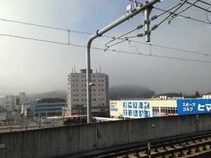 福知山駅ホームから望む駅南側 - 福知山市