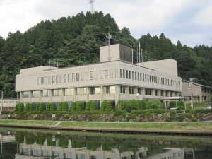 穴水町役場 - 石川県鳳珠郡穴水町