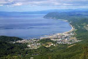 豊浦町と内浦湾