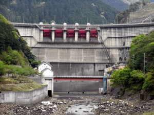 大迫ダム - 川上村