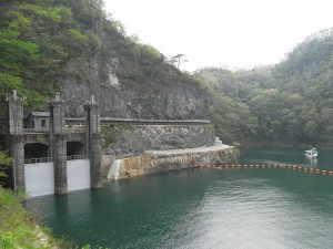 帝釈川ダムと神竜湖 - 神石高原町