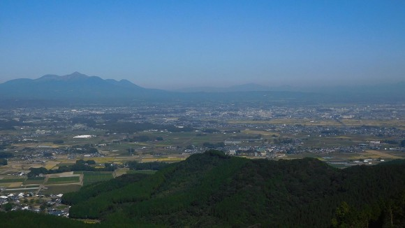 高千穂峰と市街地 - 都城市